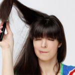 髪の静電気を防ぐにはどうしたらいいの?静電気対策の鍵は保湿!