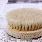 静電気を抑えてツヤ髪に♡マッサージ効果もある獣毛ブラシが最強です♡