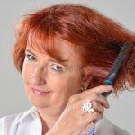 【女性ホルモンと髪の関係】加齢やストレスが原因で女性ホルモンが減少してるかも!?
