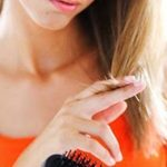 枝毛で悩んでいる女性も多いはず!枝毛の原因と対策をまとめてみました。参考にしてください。