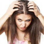 髪の分け目をいつも同じにしていると、なんと!薄くなってしまうそうです。本当なの?