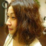 簡単に くせ毛を直したい!と思っている方!くせ毛の原因は髪ではなく 地肌なんです!