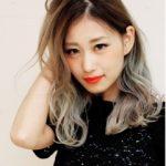 秋冬に人気のダブルカラーできれいな髪色。日本人ではなかなか難しいアッシュ系も☆