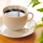 コーヒー飲み過ぎると白髪増えるって迷信?それとも本当?コーヒー好きな人には興味ある話題です。