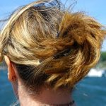 【キシキシ】パサつく髪の原因と正しい対処法3つ!