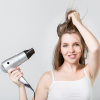 髪のトップにボリュームを出す簡単な方法