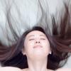 世の中でよく言われている<抜け毛の原因>って本当なの?それともウソ?