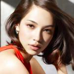 【悩みを解決!】面長×ロングヘア女性の前髪はどうすれば?